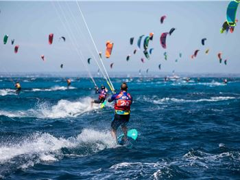 2019 Lighthouse to Leighton Kiteboard Race