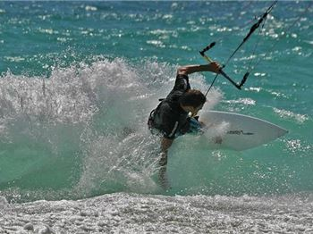 Right of Way Rules - Kitesurfing Articles
